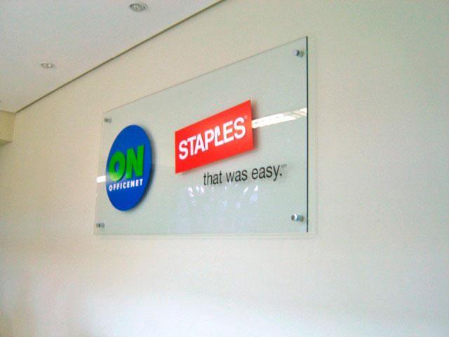 Placas para sinalização de empresas